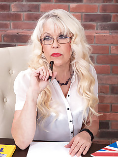 Older Women Porn Pictures